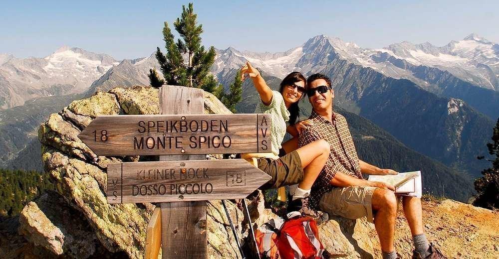 Mehrere Klettergärten, viele Gipfelrouten
